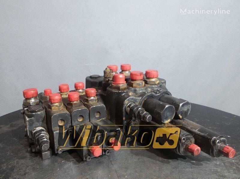 hidraulinis skirstytuvas O&K D30 šarnyrinio savivarčio O&K D30