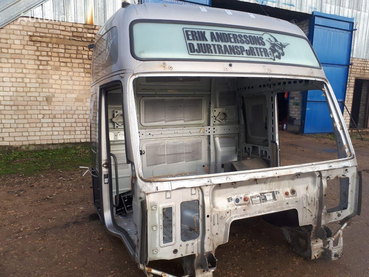 kabina VOLVO FH XXL sunkvežimio VOLVO FH16