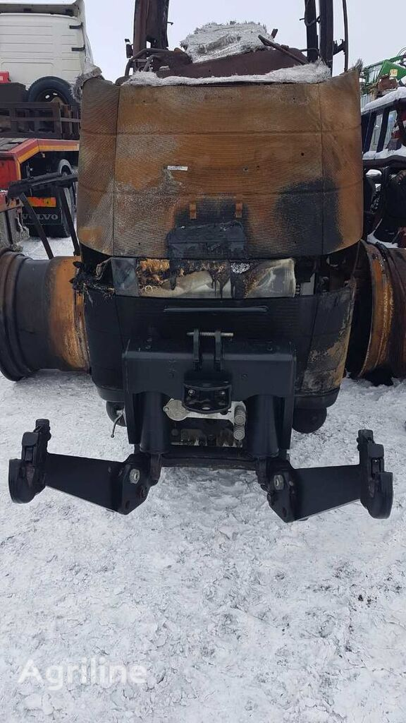 sukabinimo įrenginys kabinamąjai įrangai CASE IH traktoriaus CASE IH MAGNUM 340CVX