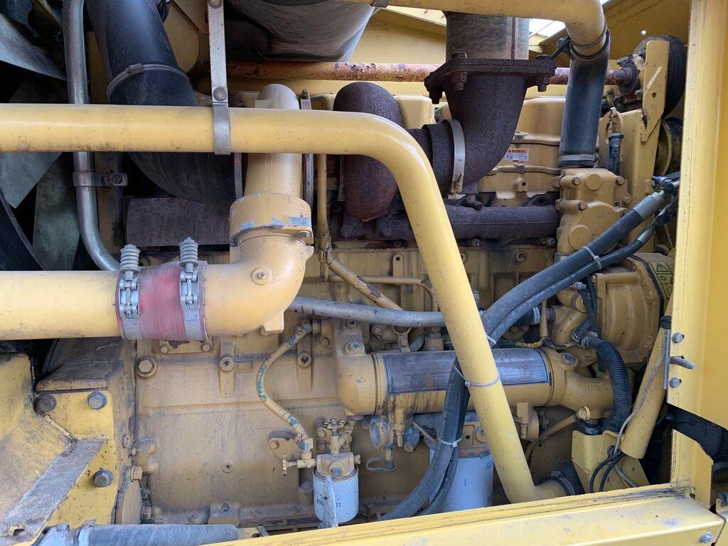 variklis CATERPILLAR 3406 kombaino NEW HOLLAND FX58