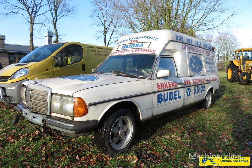 greitosios pagalbos automobilis MERCEDES-BENZ 200-serie w123 250 T ex ziekenwagen
