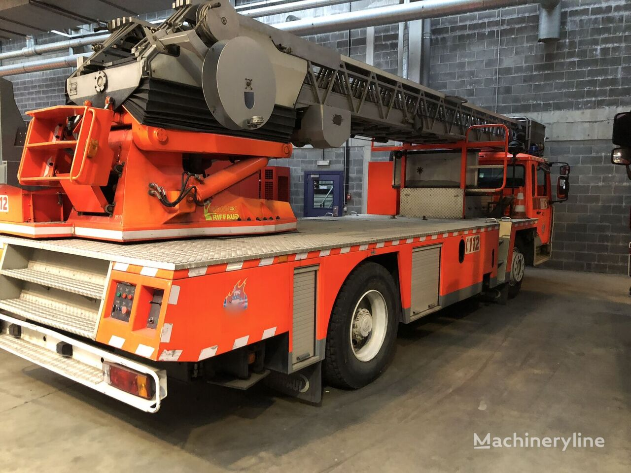 gaisrinės autokopėčios RENAULT G300 30M