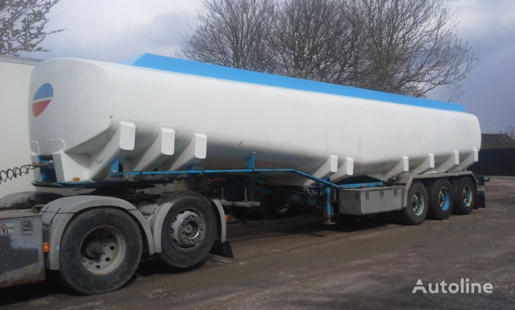 naftos produktų cisterna KASSBOHRER Tank ADR 40000 Liter Pomp