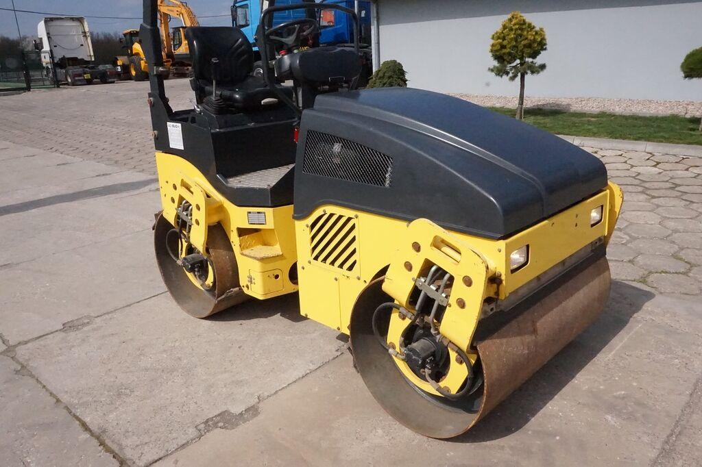 asfalto volas BOMAG BW120 AD-4