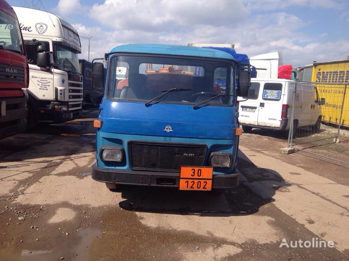 autocisterna sunkvežimis AVIA SPECIÁLNÍ AUTOMOBIL