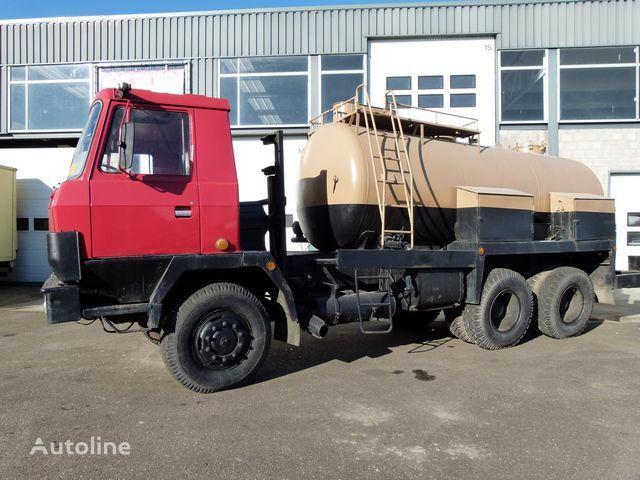 autocisterna sunkvežimis TATRA 815 P 13 - 6x6