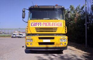 autovežis sunkvežimis IVECO Magirus