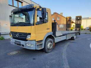 autovežis sunkvežimis MERCEDES-BENZ Atego 1623 Járműszállító csörlővel és hidrorámpával