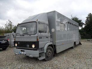 gyvulių pervežimo sunkvežimis VOLVO F612 pro přepravu koní