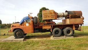 kariuomenės sunkvežimis TATRA 148