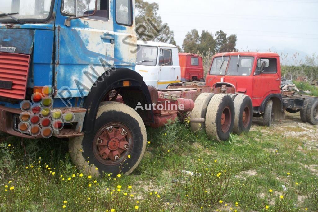 šasi sunkvežimis IVECO 330 26 dalimis