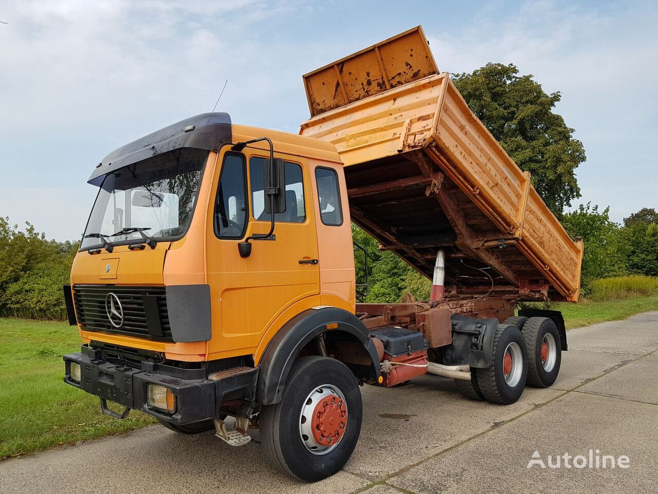 savivartis sunkvežimis MERCEDES-BENZ SK 2635 6x6 V8-Engine/Steel/Steel/Kipper 11 m³ (2638/2644)