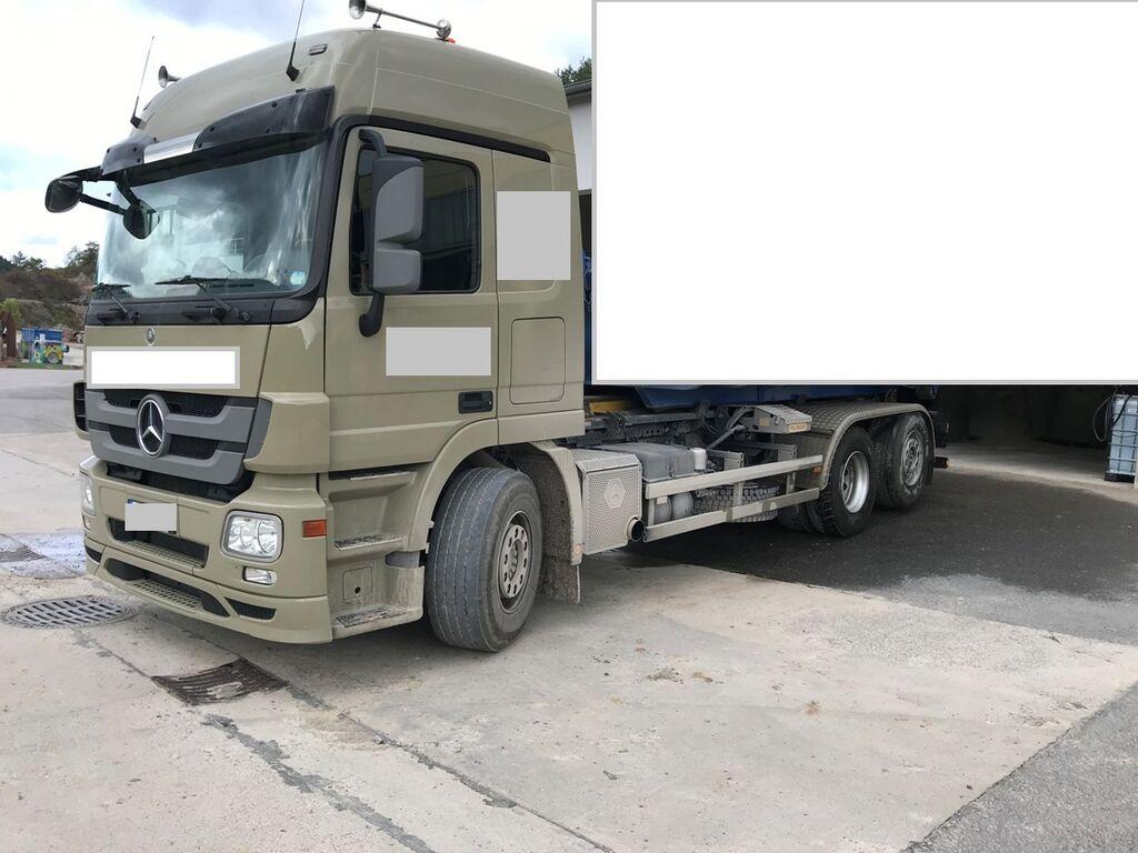sunkvežimis su keliamuoju kabliu MERCEDES-BENZ Actros 2548  930.20 Abrollkipper Palfinger EURO 5