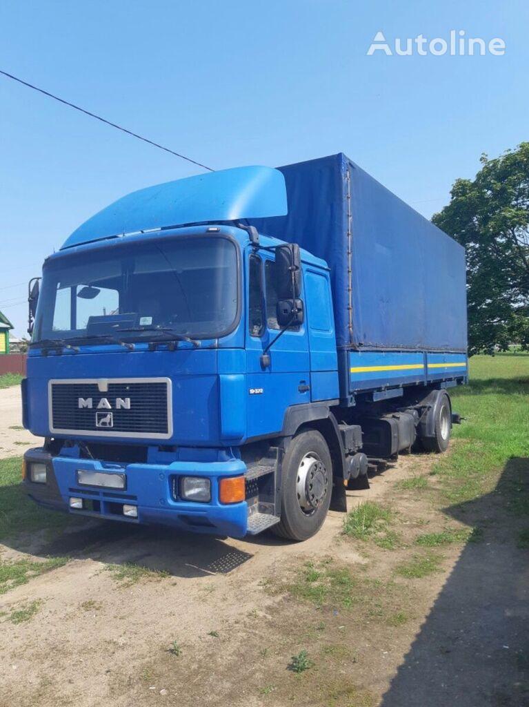 tentinis sunkvežimis MAN 19-372