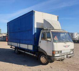 užuolaidinis sunkvežimis TOYOTA Hino