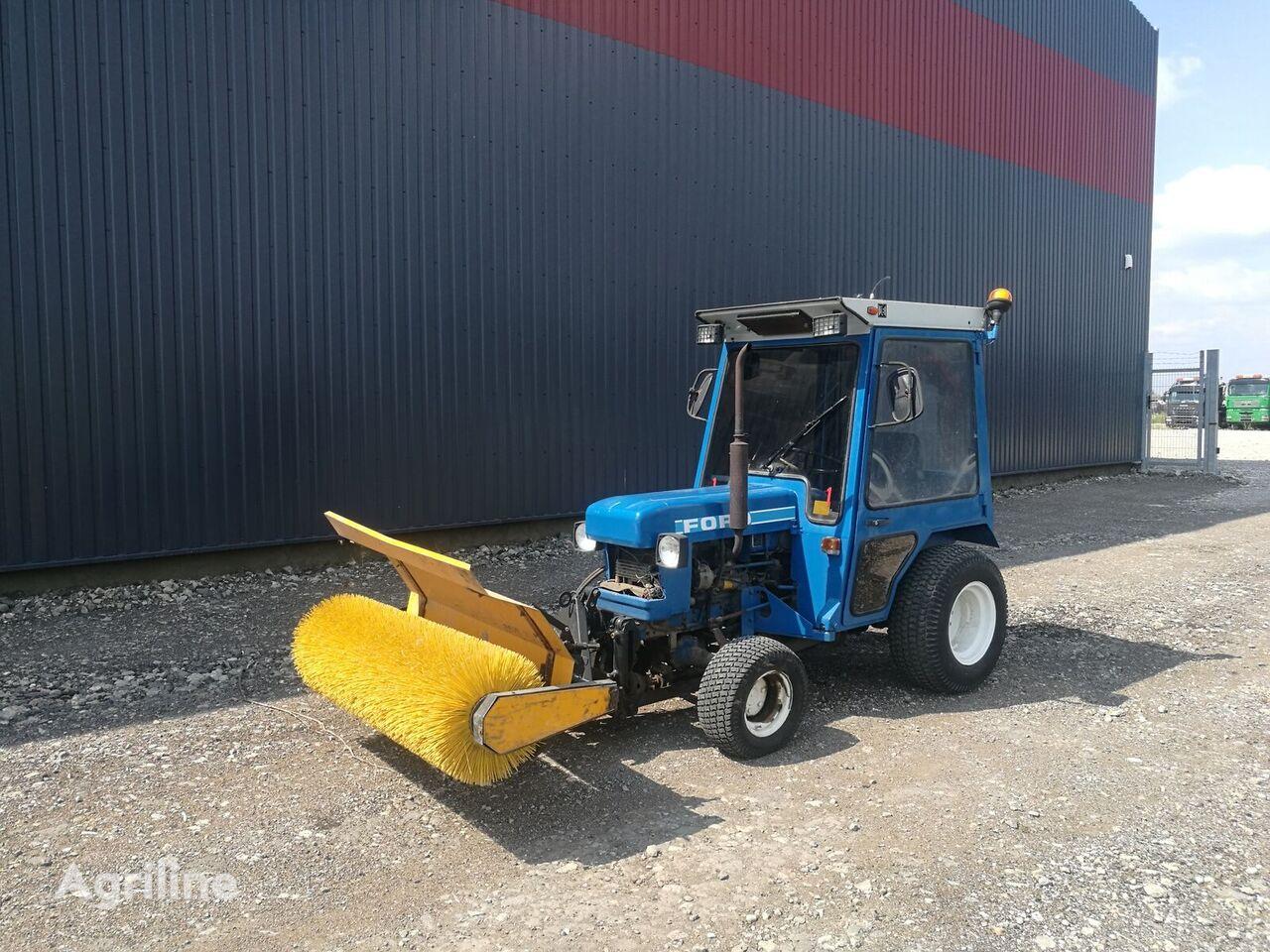 mini traktorius FORD 1210