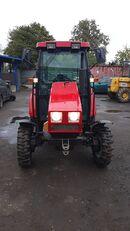 naujas ratinis traktorius MTZ 320.5
