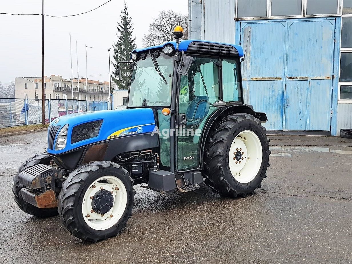 ratinis traktorius NEW HOLLAND NEW HOLLAND T4040F - 2009 ROK