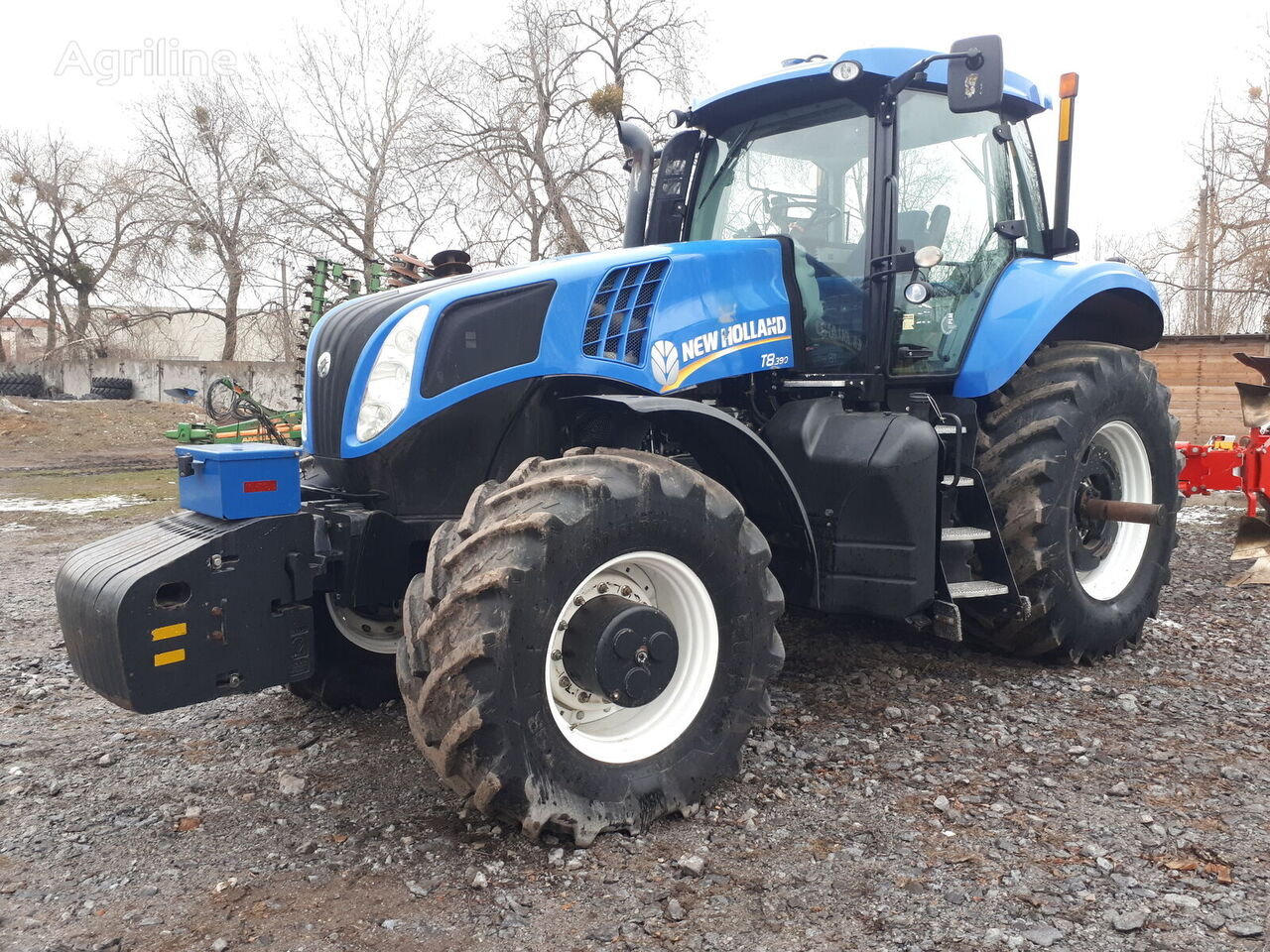 ratinis traktorius NEW HOLLAND  T8.390  2013