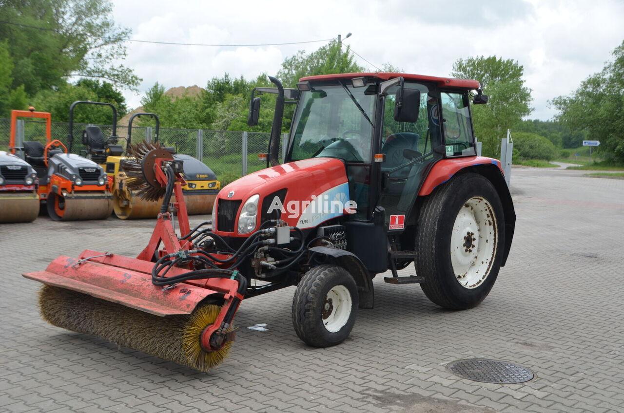 ratinis traktorius NEW HOLLAND TL 90 A